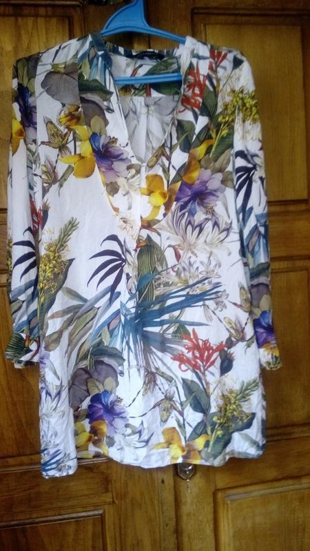 Потрясающая туника из коллекции zara floral с экзотическим цве...
