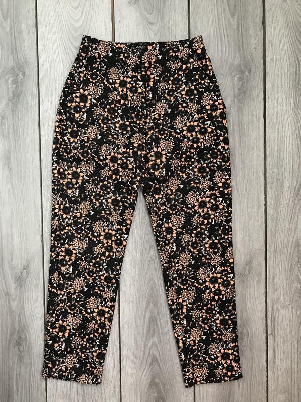 Missguided штаны в принт цветов фактурные xs 34 6