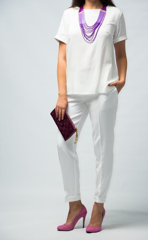 Костюм брючный для женщин от бренда Adele Leroy