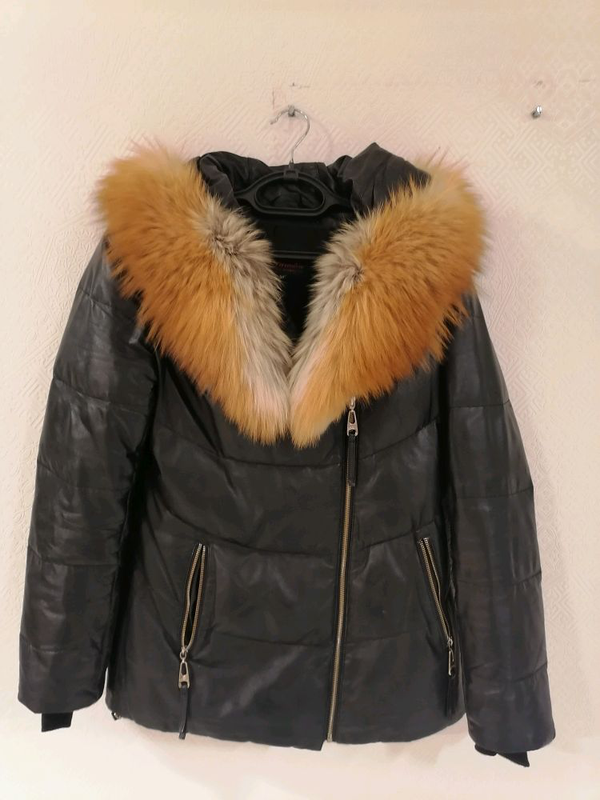 Кожаная куртка с лисиным воротником. - Фото 2