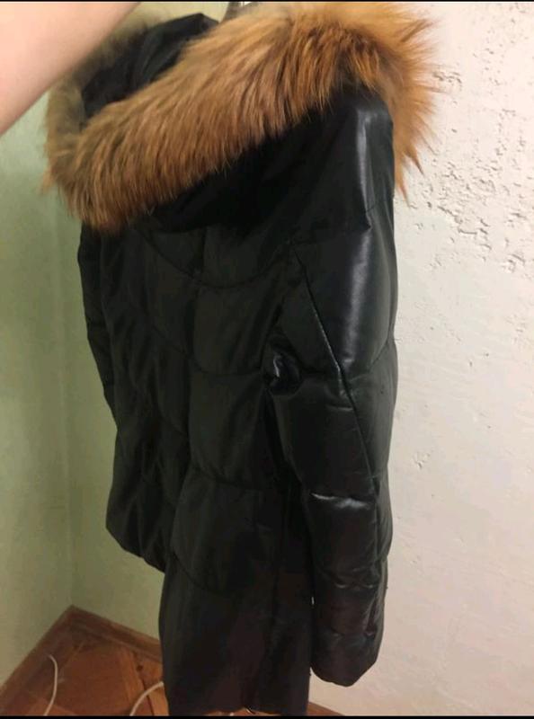 Кожаная куртка с лисиным воротником. - Фото 7