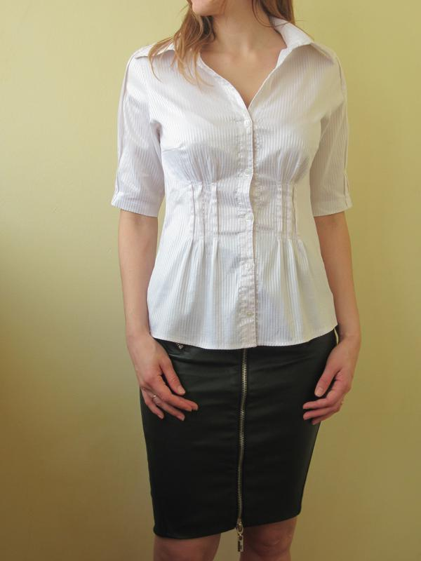 Приталенная блуза на пуговках блузка в полосочку
