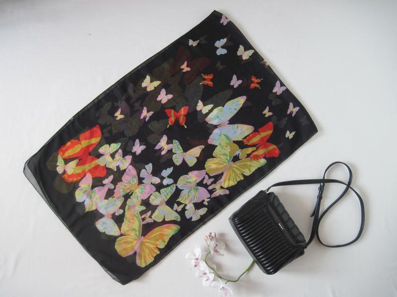 Легкий шифоновый шарф paolo truzzi в разноцветные бабочки