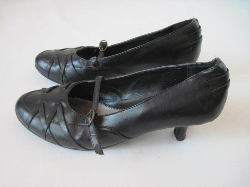 Черные женские туфли на удобном каблучке стелька натуральная кожа