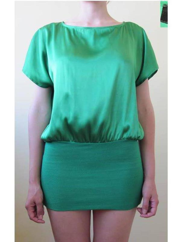 Женская зеленая туника или на маленький рост платье ткань атлас