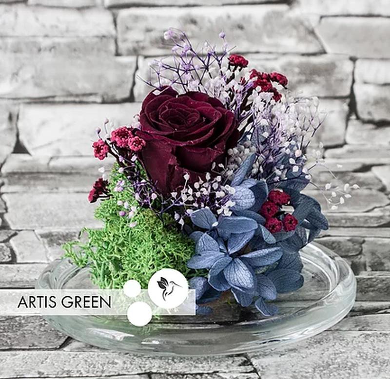 Стеклянная колба с темной стабилизированной розой на подарок - Фото 5