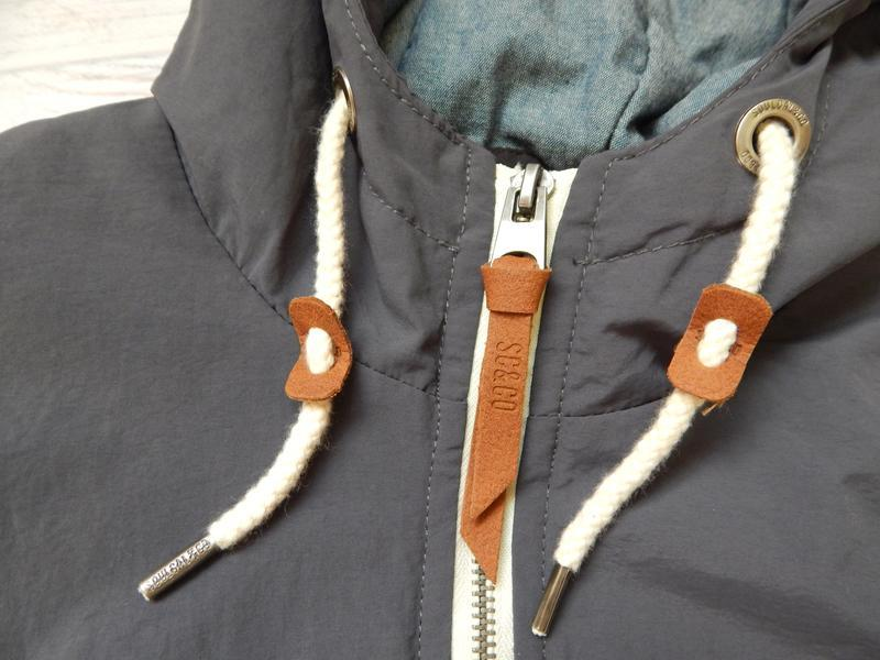 Бомбезная, стильная легкая мужская куртка от известного бренда... - Фото 3