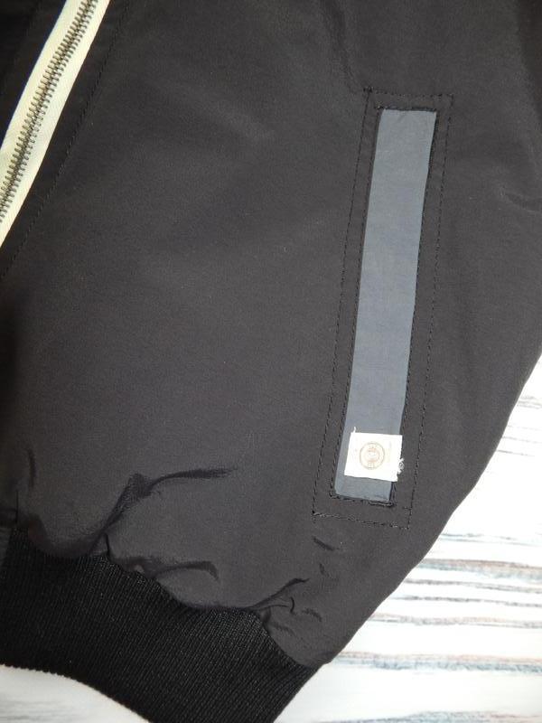 Бомбезная, стильная легкая мужская куртка от известного бренда... - Фото 9