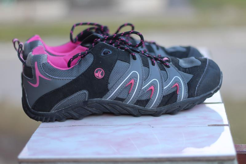 Комфортные трекинговые кроссовки 41