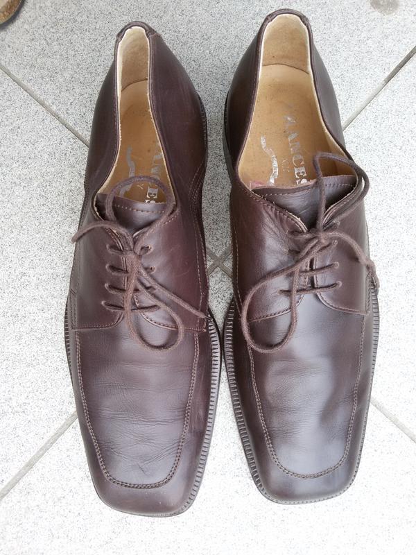 Стильные фирменные кожанные туфли