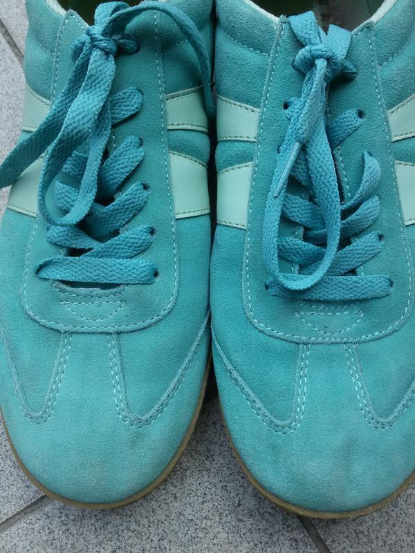 Шикарные замшевые кроссовки bviitting