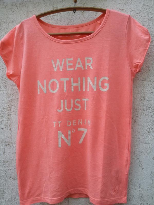 Воздушная качественная футболка denim