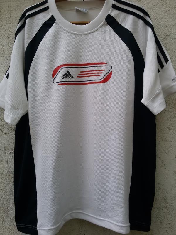 Спортивная качественная футболка adidas оригинал