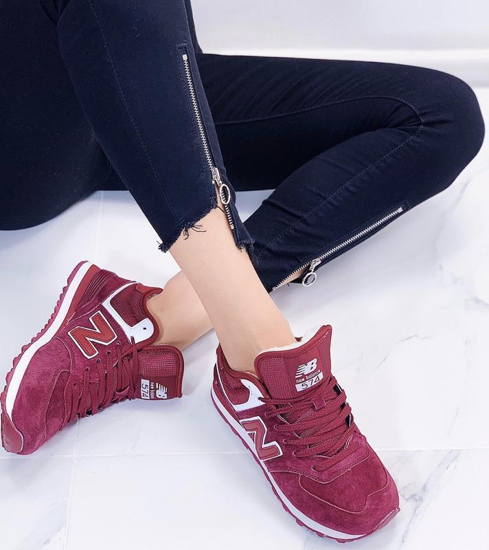 Новые женские зимние кроссовки цвета марсала - Фото 4