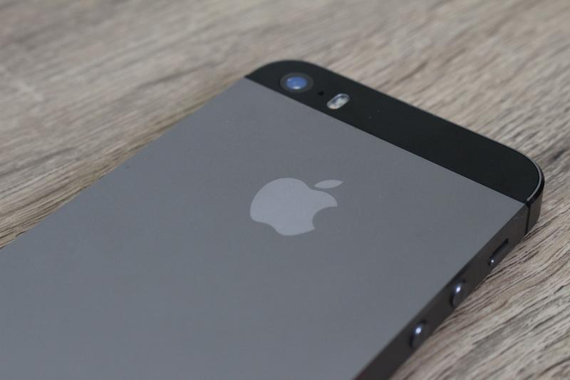 Apple iPhone 5S-32GB Space Gray - Фото 4