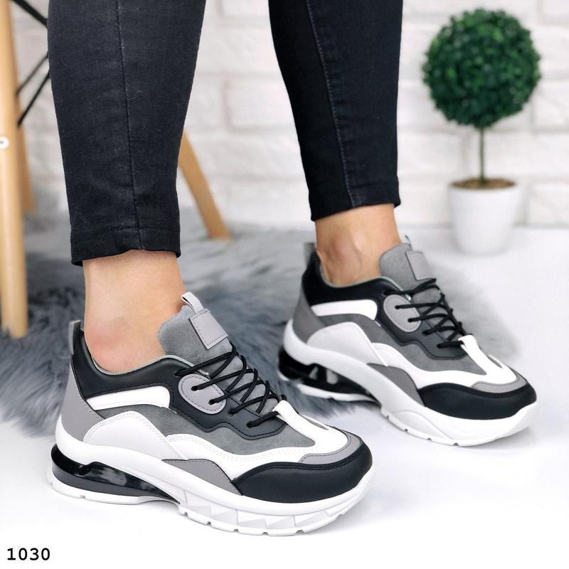 Стильные кроссовки на массивной подошве - Фото 4