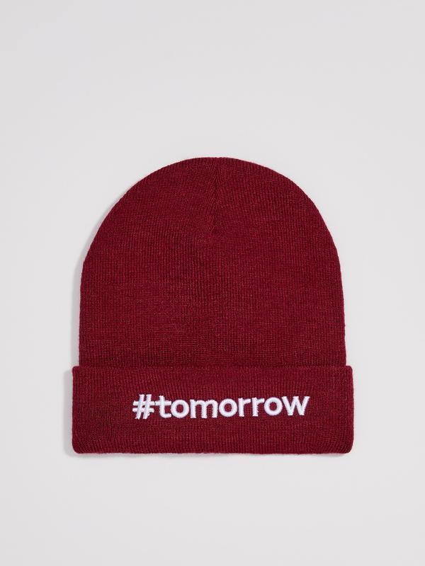 Новая темно-красная бордовая шапка польша вышитая надпись tomo...