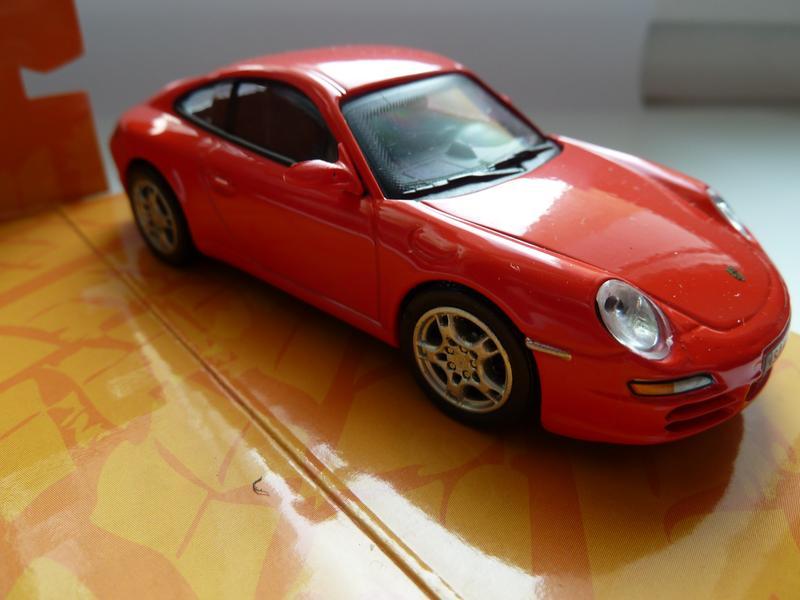 Porsche 911 Carrera S Cararama Масштаб 1:43