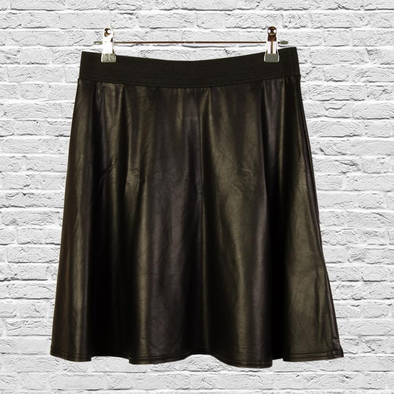 Пышная юбка клеш из экокожи, черная юбка клеш короткая