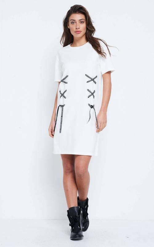 Стильное платье свободного кроя supertresh.