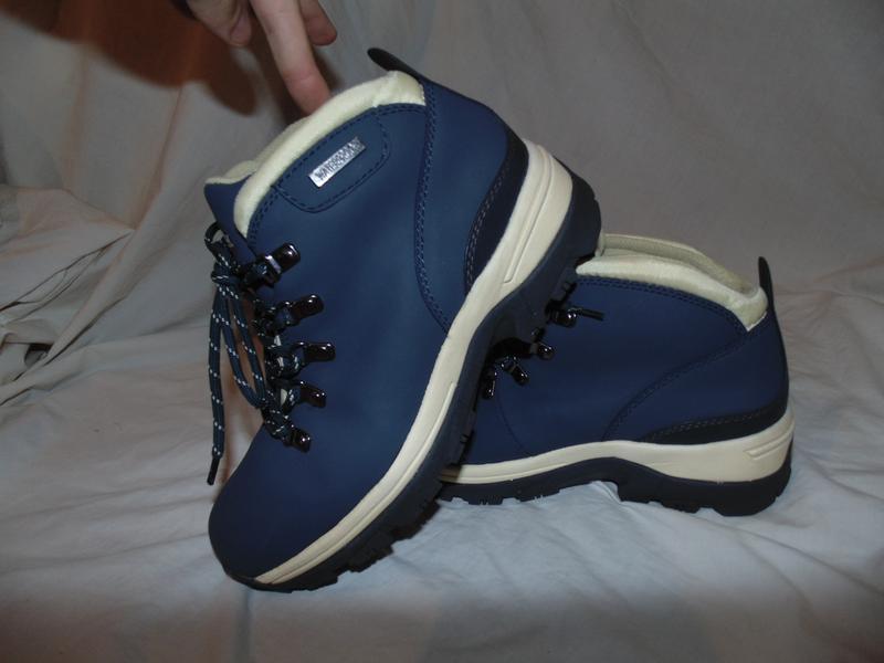 Ботинки кожаные новые northwest waterproof оригинал размер 38