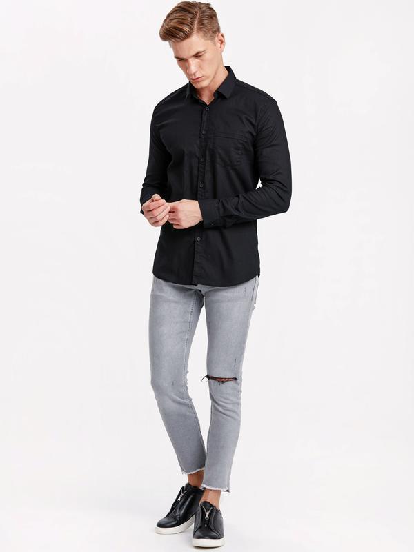 Черная мужская рубашка lc waikiki / лс вайкики на черных пугов... - Фото 4