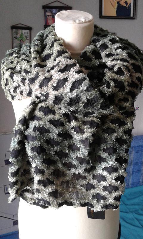 Стильный шарф-накидка новый оригинальный