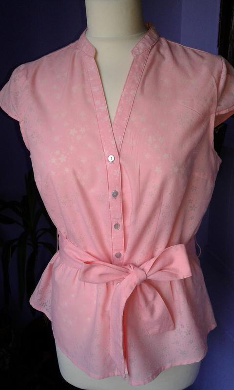 Блуза в цветочек-стильная романтичная классика-модно и нежно.р...