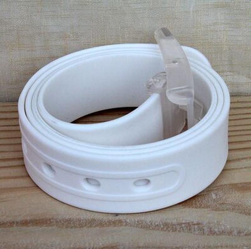 Ремень белый силиконовый на пластиковой пряжке