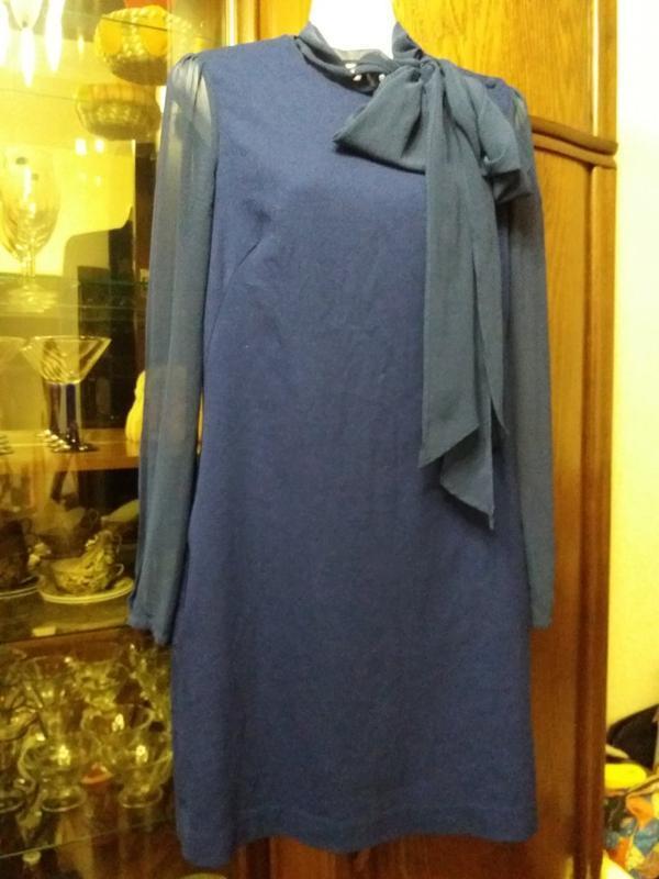 Платье с прозрачными рукавами и бантом-french connection- на 4...
