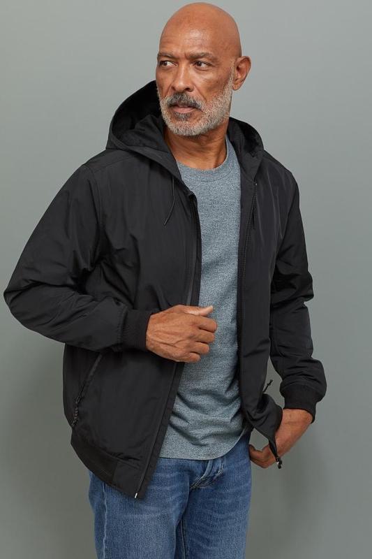 Черная куртка ветровка h&m !