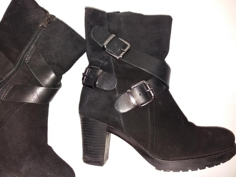 Деми стильные ботинки демисезонные 38р.