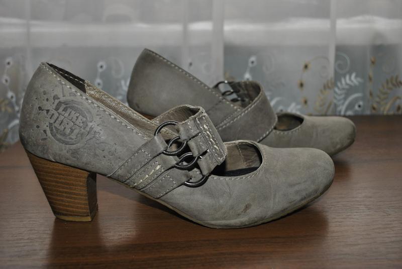 Качественные кожаные туфли 40рр