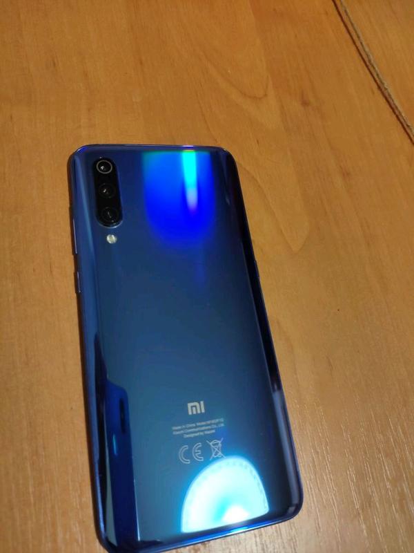 Xiaomi mi 9 6/128 - Фото 3