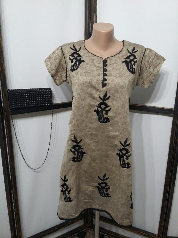 Туника с вышивкой в азиатском стиле