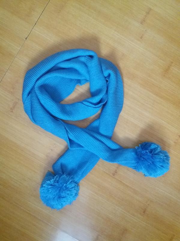 Вязаный шарф шарфик