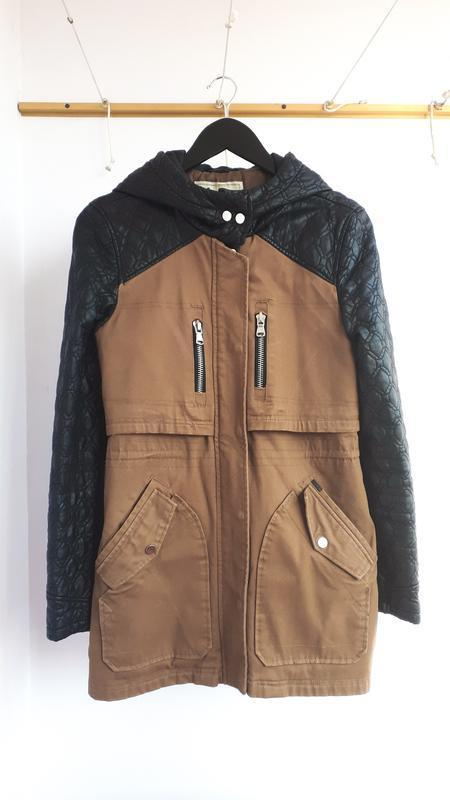 Парка pull&bear куртка с рукавами из кожзама и стеганой синтеп...