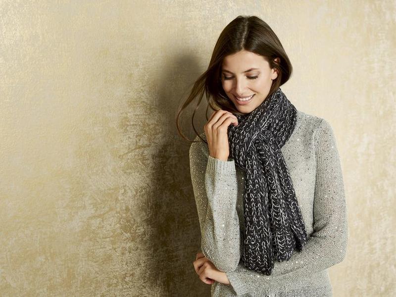 Теплая вязаная шаль шарф Esmara. 180х30