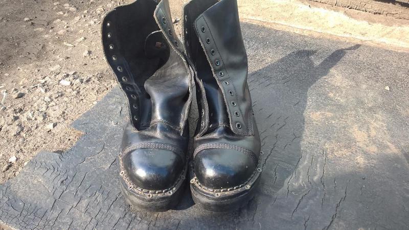 Ботинки мужские размер 42-44 GRINDERS