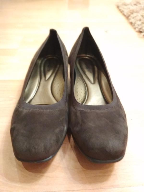 Туфли -балетки 42 р замшевые на маленькой танкетке trotters - Фото 5