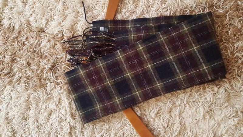 Шерстяной мягкий шарф  marks & spencer