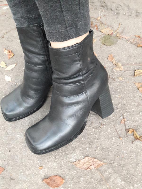 Стильные ботинки.