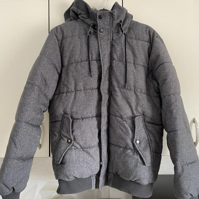 Bershka деми зимняя мужская куртка