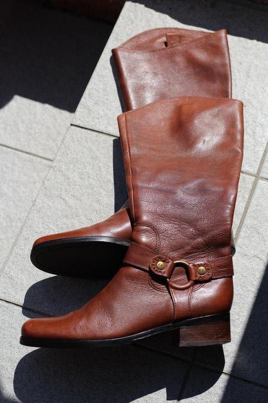 Стильные кожаные сапоги marc o'polo