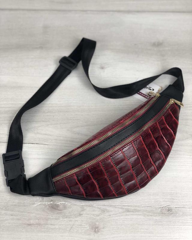 Женская чёрная бананка поясная сумка на два отделения красный ...