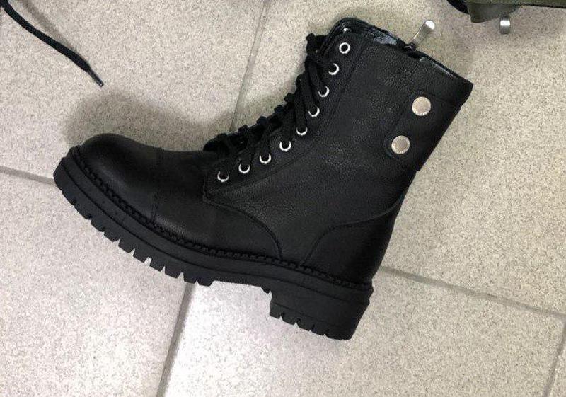 Женские зимние ботинки кожаные черные