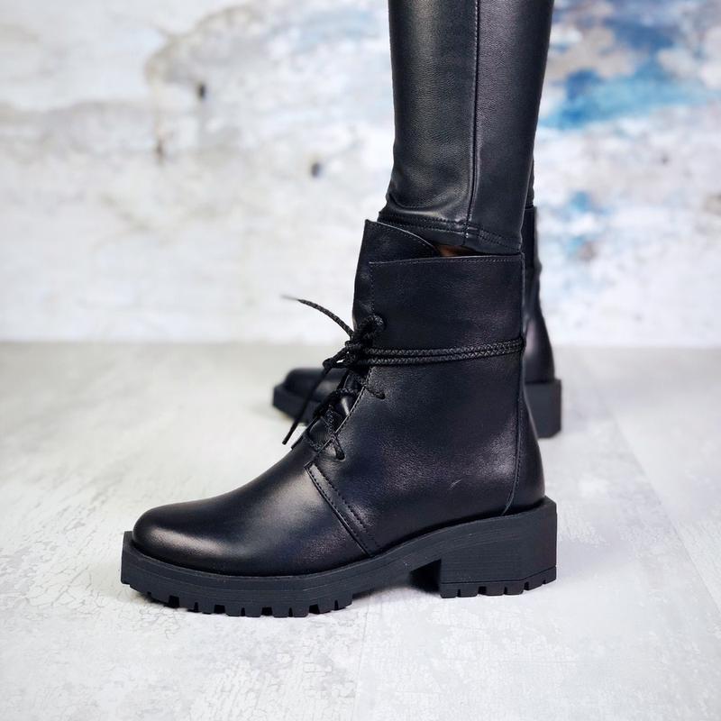 Натуральная кожа эффектные кожаные зимние ботинки с квадратным...