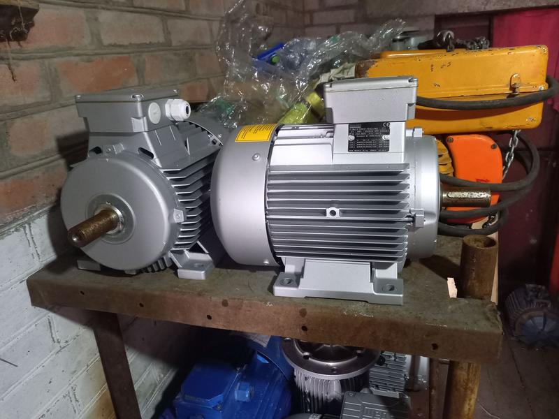 Электродвигатель 4 квт 3000 об новые 12шт 112габ 28мм вал
