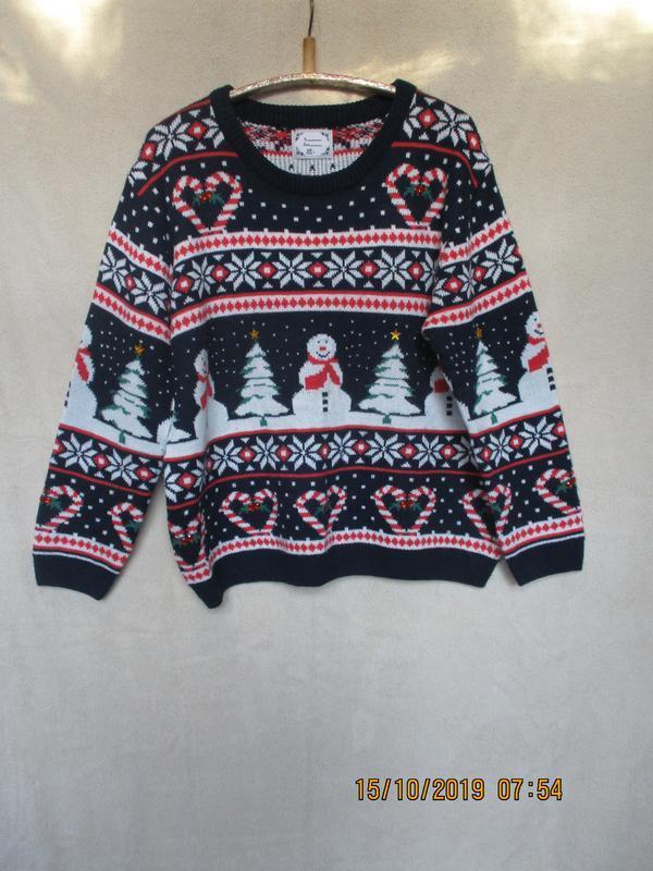 Красивый свитер с новогодним принтом/батал