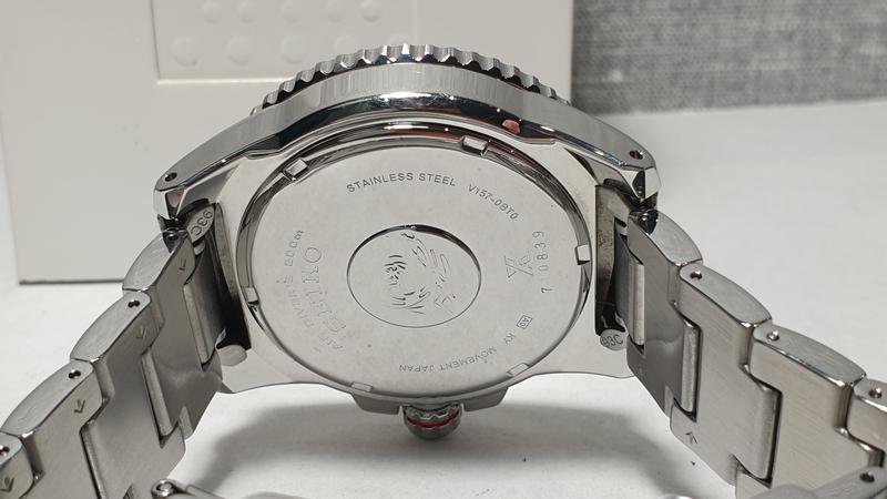 Мужские часы Seiko Prospex Solar Divers Black SNE437P1 как новые - Фото 8